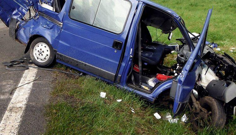Na diaľnici havaroval minibus s deviatimi Poliakmi