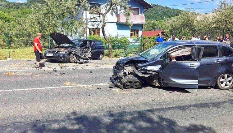 Poobedná dopravná nehoda v obci Mestečko