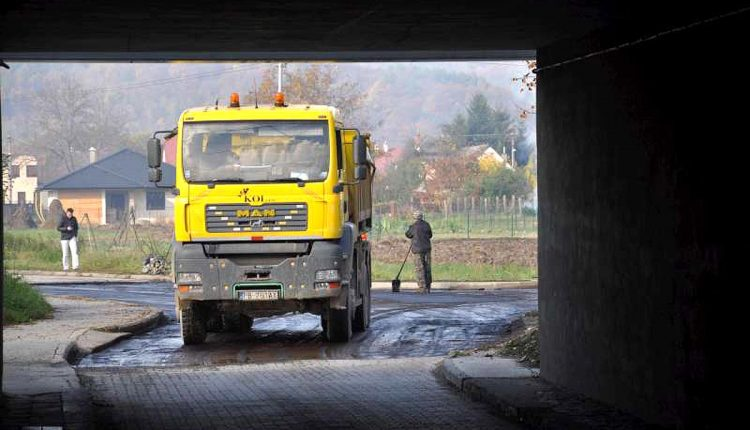 Prvé asfaltérske práce sú už hotové