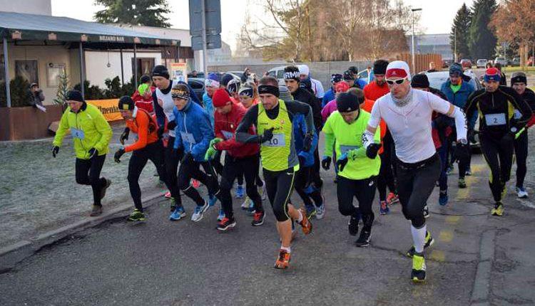 Vytrvalosť bežcov preveril Vianočný beh v Púchove