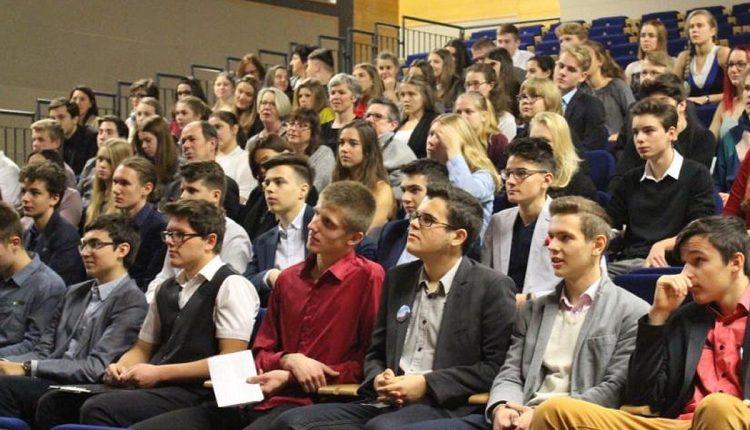 Študenti z 9 krajín prišli do Púchova v rámci projektu YES EVENT