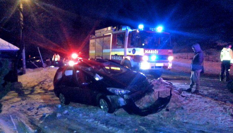 Utorková dopravná nehoda vo Vieske Bezdedov