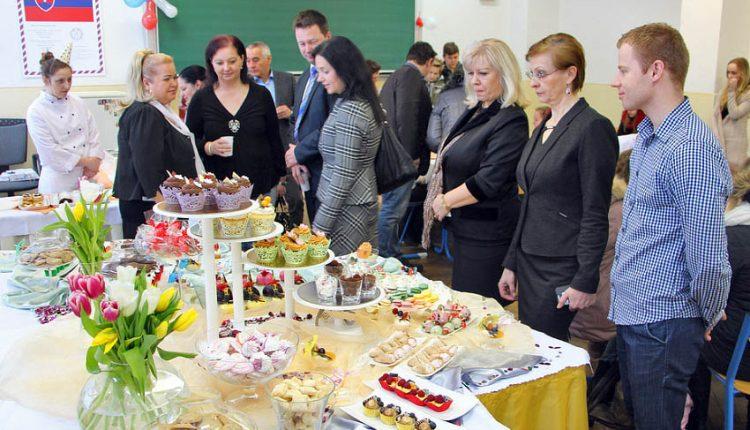 Stredná odborná škola obchodu a služieb v Púchove dnes otvorila svoje brány