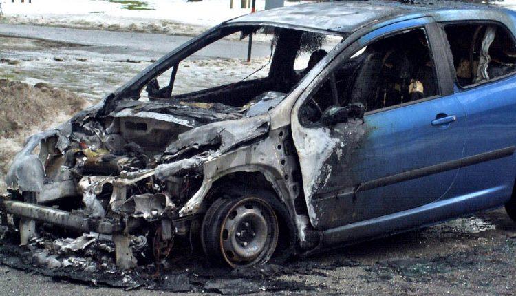 Ranný požiar auta v Starých Nosiciach