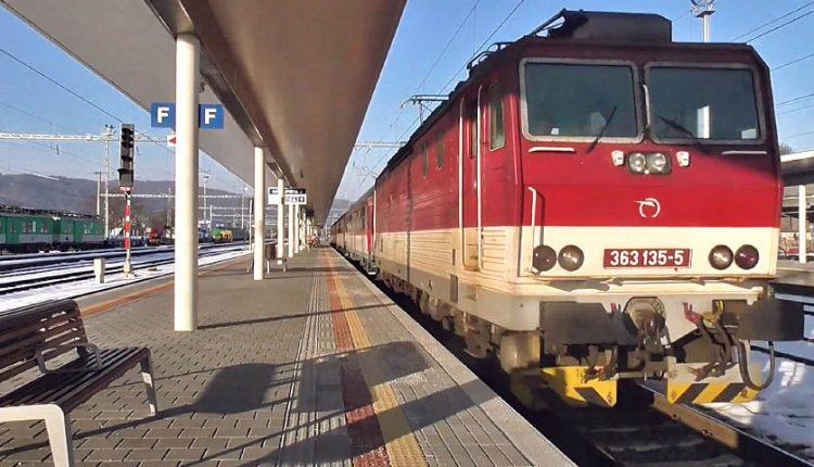 Výluky vlakov na trati Púchov – Lúky pod Makytou – ČR