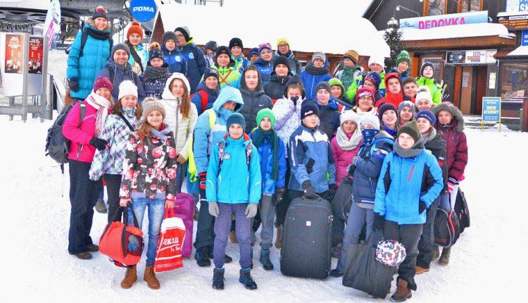 Žiaci ZŠ Komenského: Lyžujem, lyžuješ, lyžujeme…