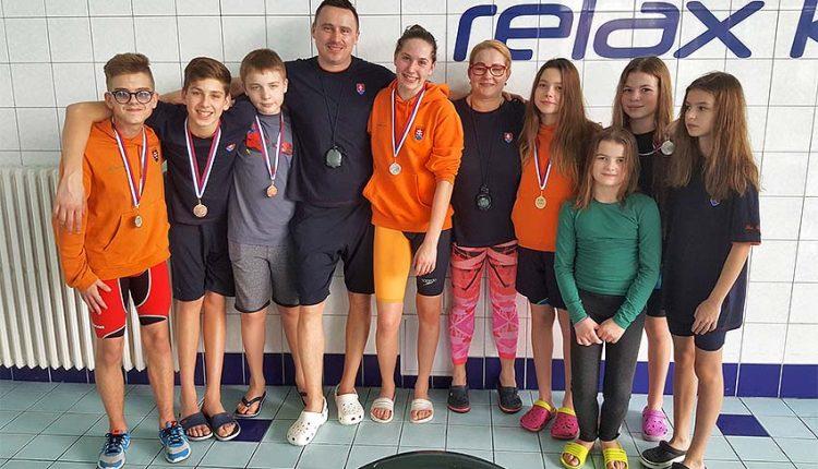 Púchovskí plavci úspešne vstúpili do novej sezóny