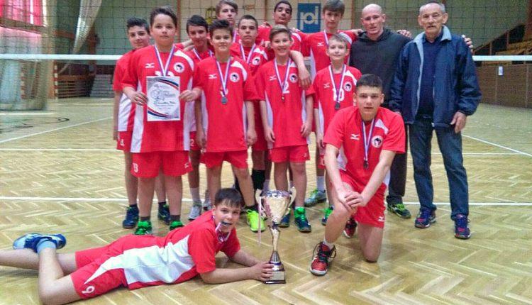 Striebro pre volejbalistov ZŠ Gorazdova na majstrovstvách SR