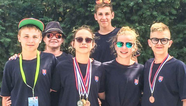 Úspešné vystúpenie púchovských plavcov na majstrovstvách SR starších žiakov