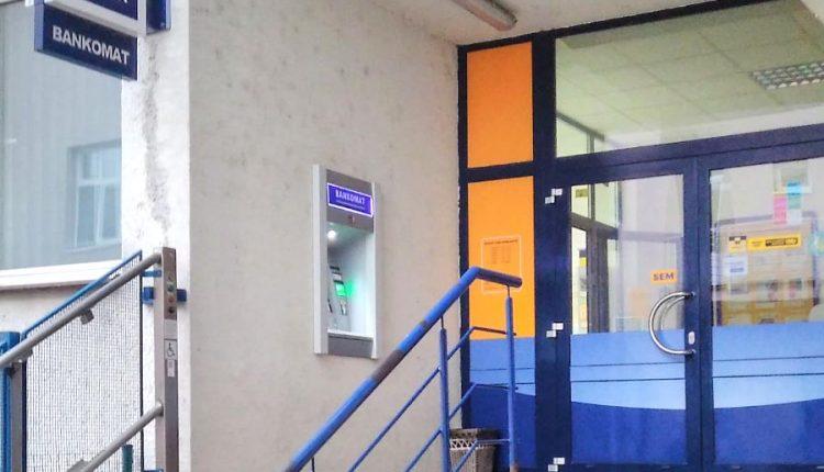 Od februára už zaplatíme na pobočkách Slovenskej pošty aj platobnou kartou