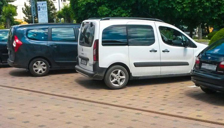 Mestský úrad si doplnil vozový park o dve nové autá