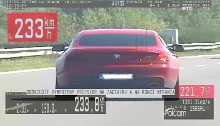 Za jeden deň namerali štyroch vodičov jazdiacich viac ako 200 km/hod