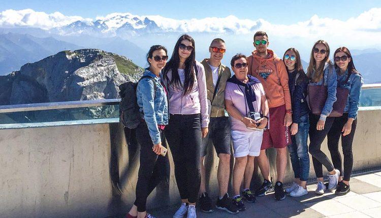 Študenti Gymnázia v Púchove vycestovali do Švajčiarska