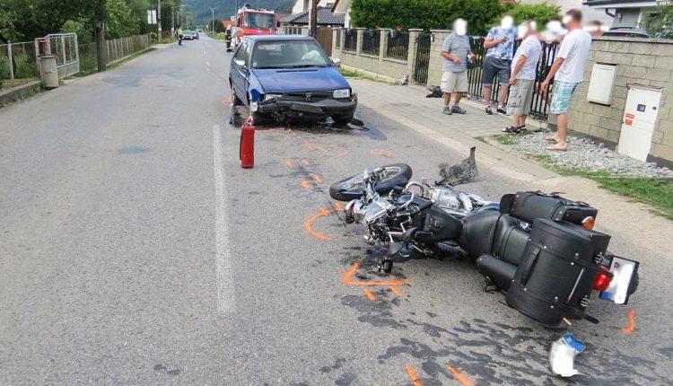 Tragická nehoda, motocyklista zraneniam podľahol