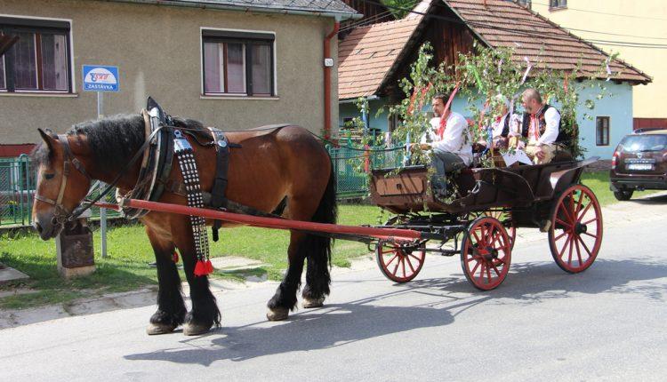 Pod hradom Lednica sa konal už 17. ročník Tradičných Lednických dožinkových slávností