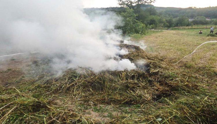 Požiar trávy hasil aj Dobrovoľný hasičský zbor obce Streženice