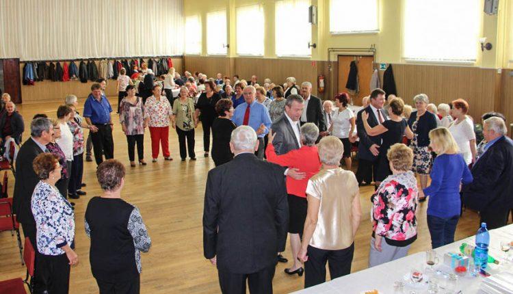 Členovia Okresnej organizácie Jednoty dôchodcov na Slovensku Púchov oslávili okrúhle 20. výročie