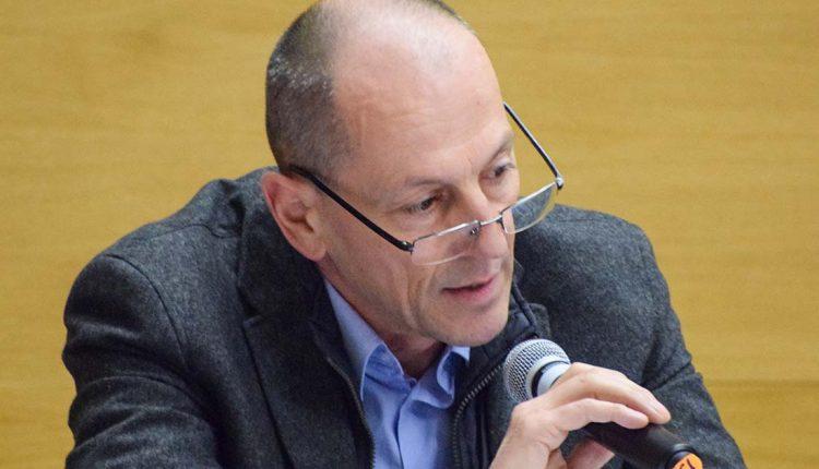 Primátor Henek vraj netuší, koľko zarába dvojitý konateľ Miloš Svoboda