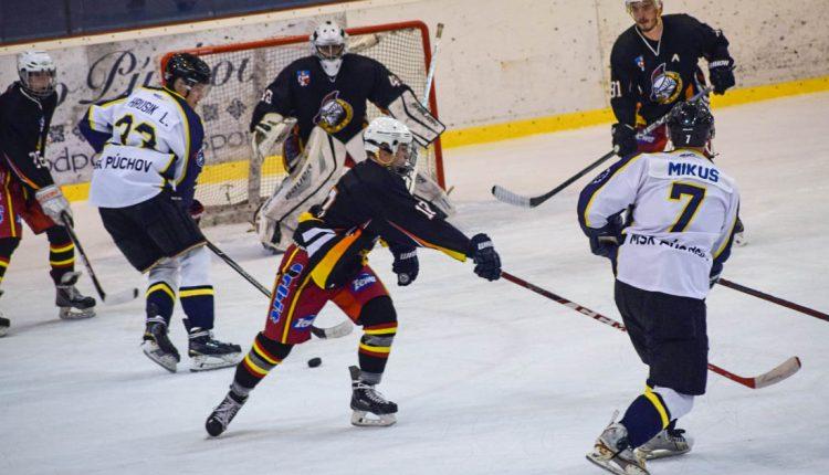 Púchovskí hokejisti naďalej bez zakopnutia