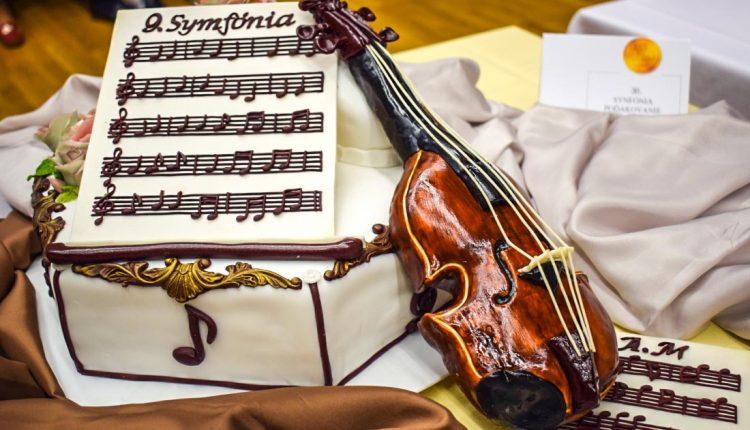 Víťazná torta bola tentoraz na hudobnú tému