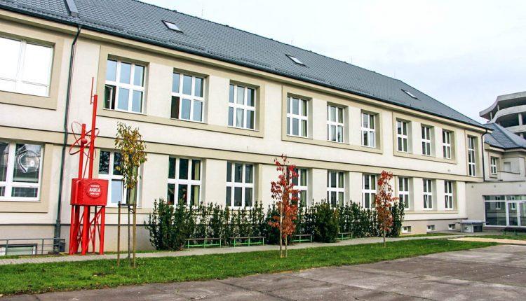 Telocvičňa púchovského gymnázia podstúpi rekonštrukciu