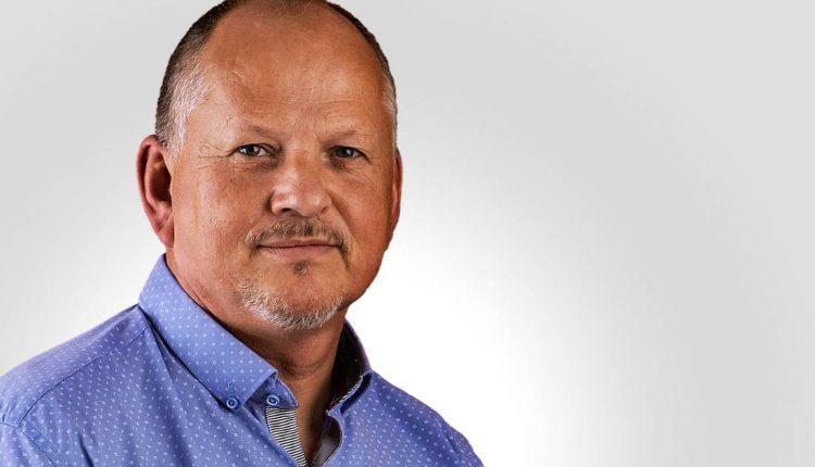 Peter Hudák: Otec ma učil, že žiadna poctivá práca cti netratí
