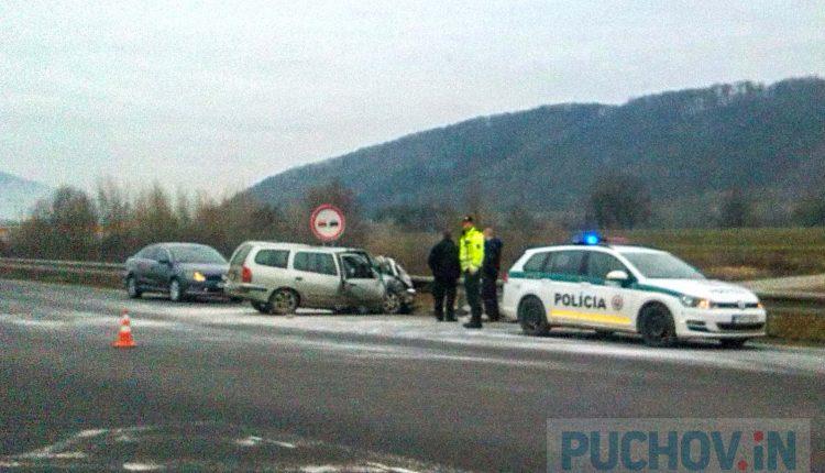 Nehoda pri Continentale, vodič utrpel ťažké zranenia