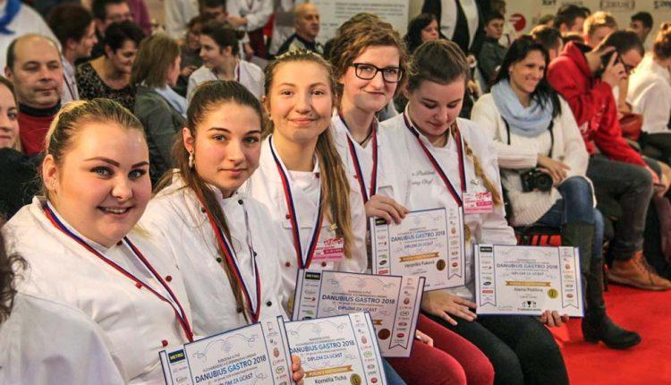 Štyrikrát zlato pre študentov SOŠ OaS Púchov