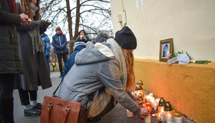 Aj Púchovčania si uctili pamiatku zavraždeného novinára Jána Kuciaka a jeho priateľky Martiny
