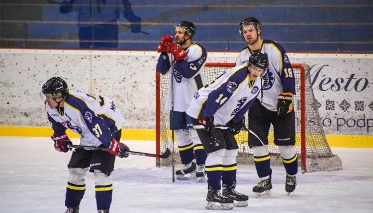 Sen o postupe sa rozplynul, hokejisti vypadli vo štvrťfinále