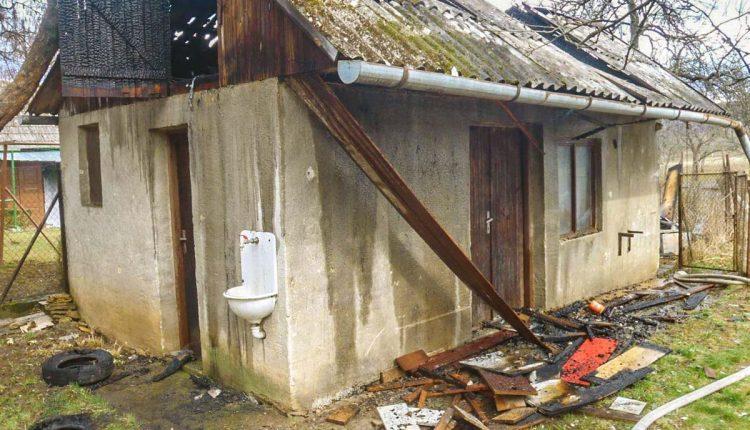 Požiar v Beluši, horela prístavba pri rodinnom dome
