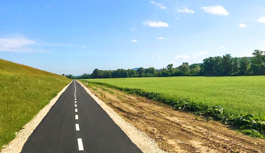 6fe261360 Prvé kilometre Vážskej cyklotrasy už slúžia cyklistom – Púchov