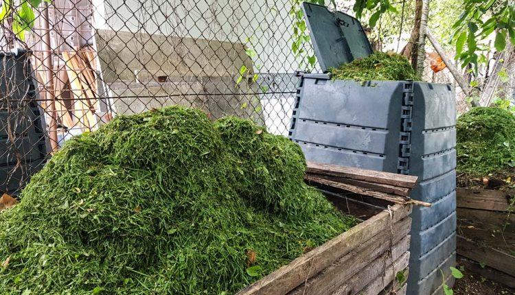 Nekonečné čakanie na sľúbené kompostéry, radnica už tretíkrát odstúpila od zmluvy