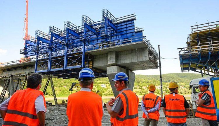 Trenčianska župa rokovala so zástupcami ŽSR, nové investičné zámery železníc by mali pomôcť regiónu