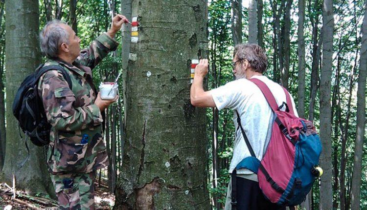V Trenčianskom kraji sa začalo s tohtoročnou obnovou turistického značenia