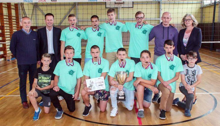 Chlapci zo ZŠ Gorazdova sú školskými majstrami Slovenska vo volejbale