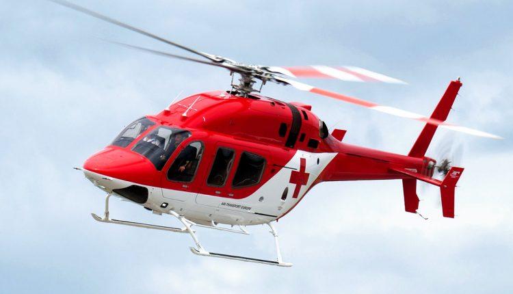 Na Považie letel vrtuľník, cyklista sa pri nehode vážne zranil