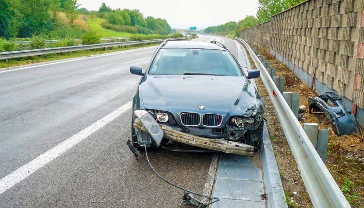 Nehoda na diaľnici pri Púchove sa zaobišla bez zranení