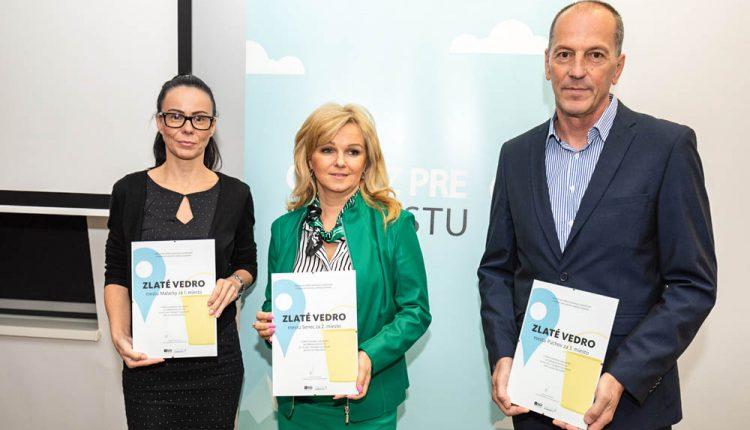 Ocenili samosprávy s najlepšími výsledkami, medzi nimi aj mesto Púchov