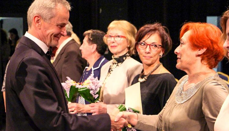 70 rokov od založenia gymnázia prišli osláviť aj prvé absolventky školy