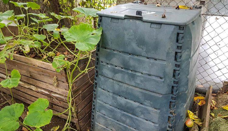 Na záhradné kompostéry v rodinných domoch sa čaká – dve verejné súťaže sa nevydarili