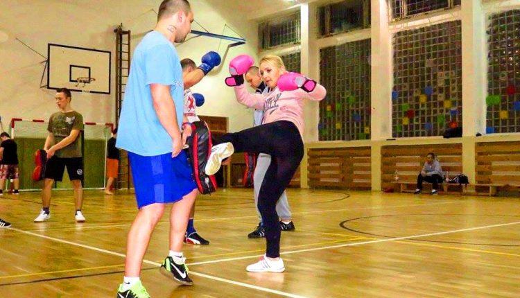 Mišún chce zadarmo učiť verejnosť boxovať, na tréning pozýva aj púchovských mestských policajtov