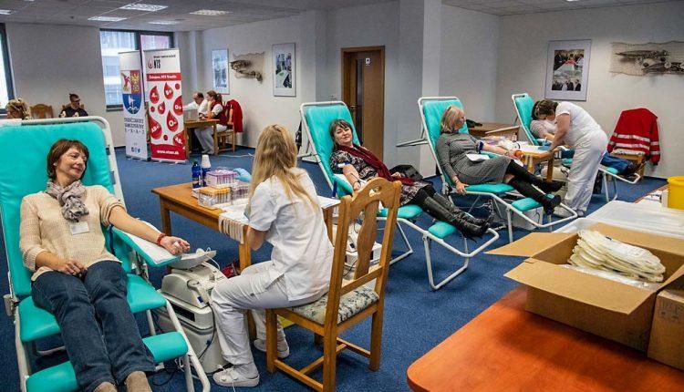 Počas Jesennej kvapky krvi prišlo pomôcť zachrániť ľudský život rekordných 150 darcov