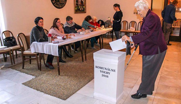Voľby priniesli iba tri starostovské zmeny, najprekvapujúcejšia v Dolných Kočkovciach