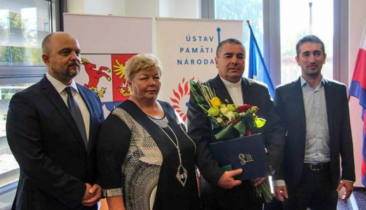 Ocenenie Ústavu pamätí národa Ľubomíroví Marcinovi