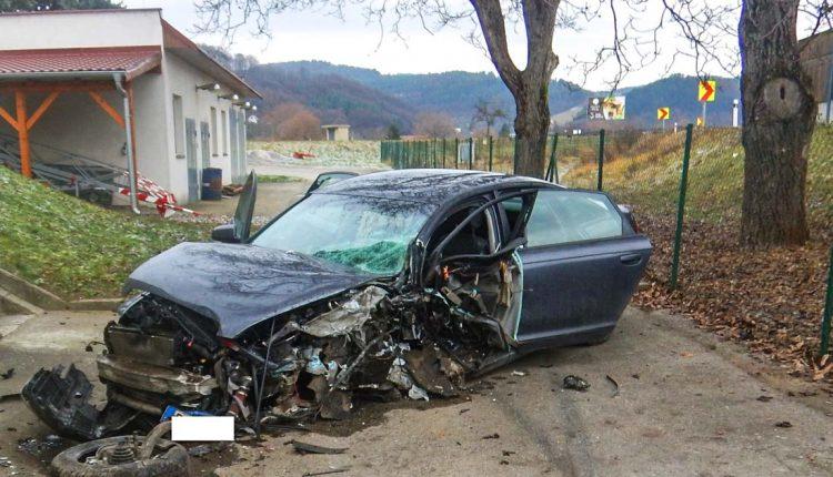 FOTO: Vodička počas jazdy zaspala! Pozrite sa kde skončila!