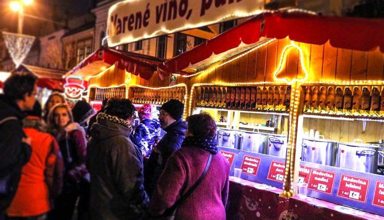 Na vianočných trhoch uskutočňujú mimoriadne kontroly