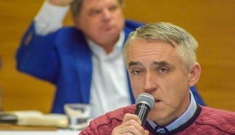 Hrozba pre nájomníkov mestských bytov trvá, poslanci o dodatku k VZN nehlasovali