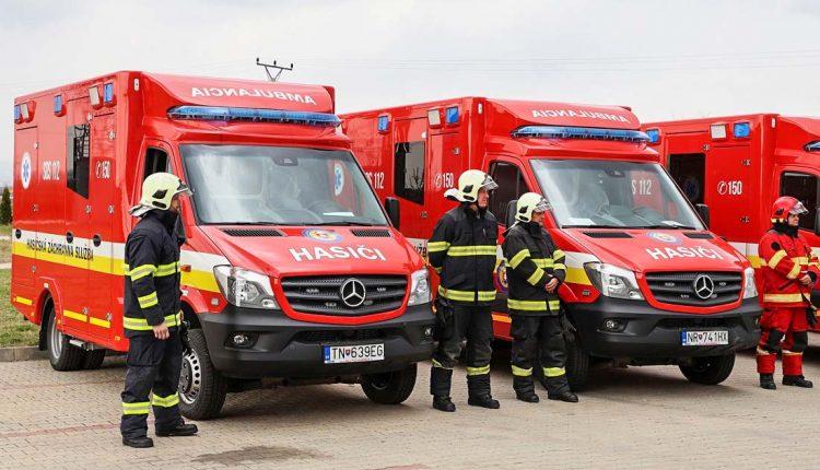 Nový sanitný automobil aj pre hasičov v našom kraji