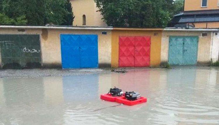 Pri silných dažďoch zasahovali aj dobrovoľní hasiči mesta Púchov